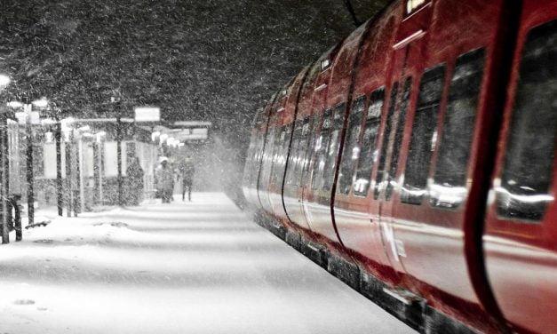 80 de trenuri anulate din cauza vremii