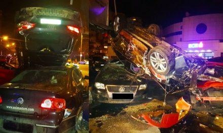 O şoferiţă a distrus 11 maşini şi a rupt un stâlp din zona Gării Constanţa