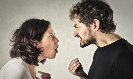 Lucruri stupide pentru care te cerți într-un cuplu