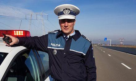 Polițistul Marian Godină a rămas fără permisul de conducere. Mergea cu 113 Km/h în localitate