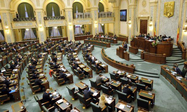 S-a votat! Pensiile speciale vor fi impozitate cu 30 și 50%. Parlamentarii scapă de impozitare