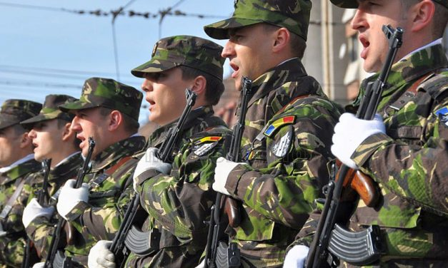Armata recrutează rezerviști voluntari. Câștigi bani și poți avea un job normal în paralel