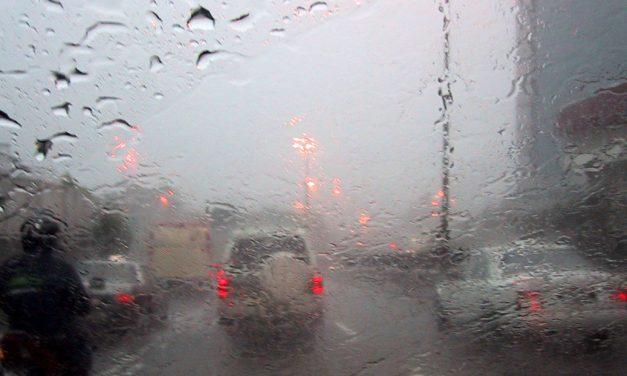 COD GALBEN de ploi și descărcări electrice la Constanța