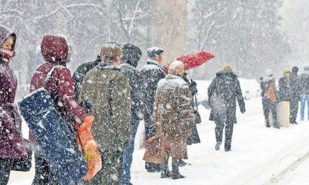 Constanța, sub avertizare meteo de ninsori, răcire accentuată și vânt