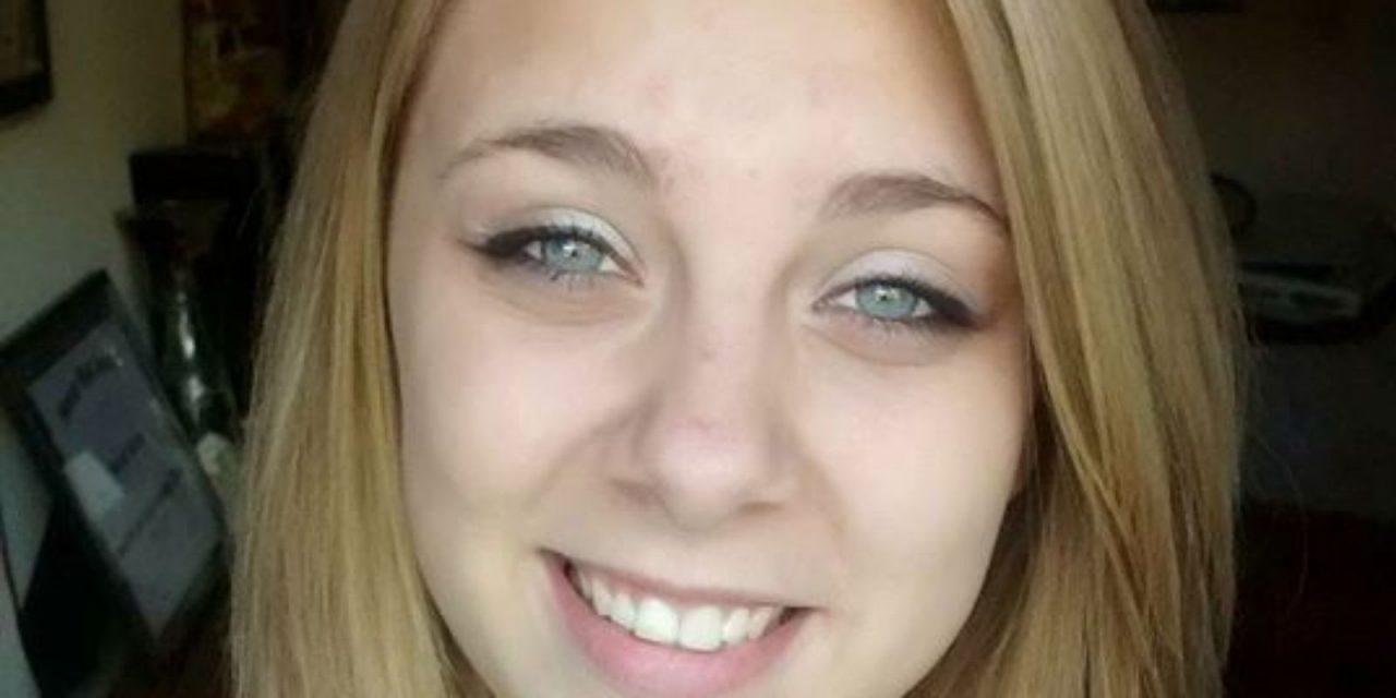 O tânără s-a drogat și și-a scos ochii!