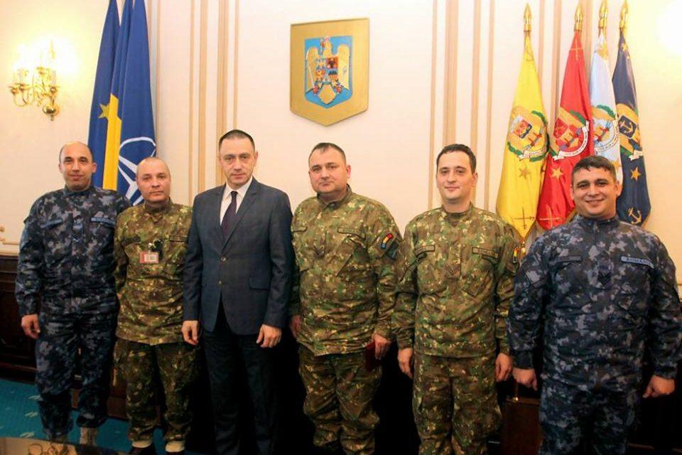 """Ministrul Apărării, mesaj către SGP: """"Discuțiile cu LMP, cu beneficii evidente pentru soldați și gradații profesioniști"""""""