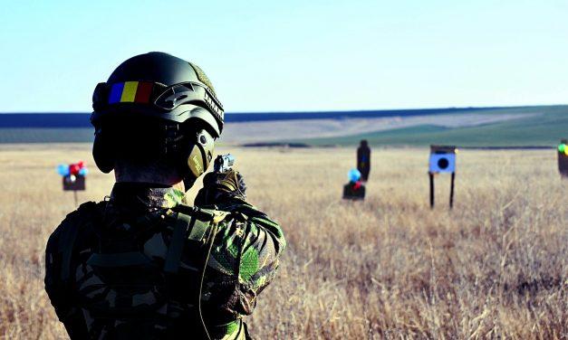 Foștii militari scoși din armată la 40 de ani și-au găsit dreptatea! Se vor putea pensiona înainte de vârsta standard