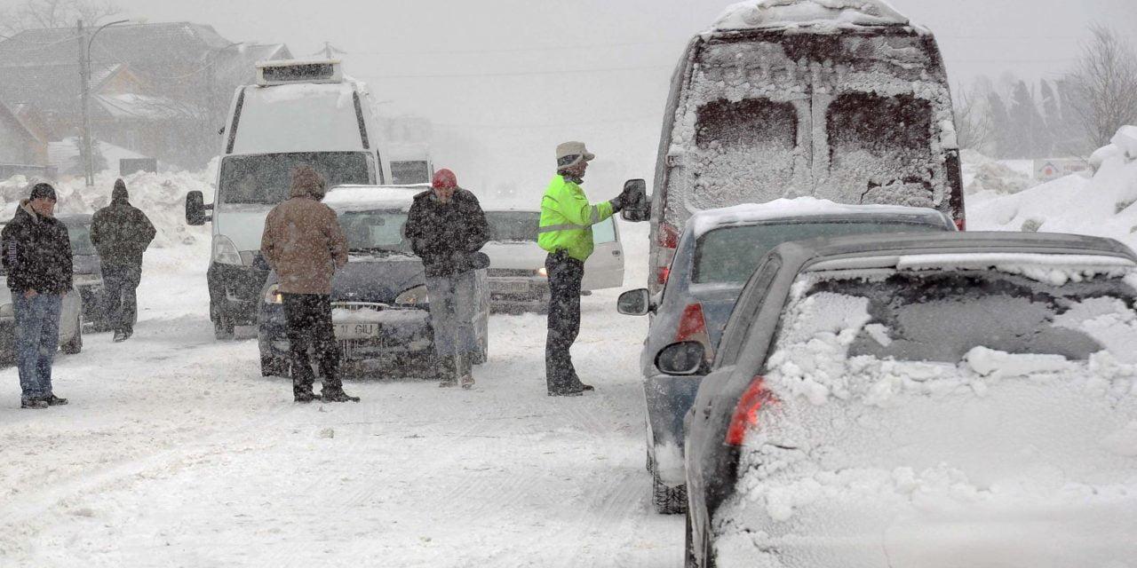 Meteorologii avertizează: Se va depune un nou strat consistent de zăpadă