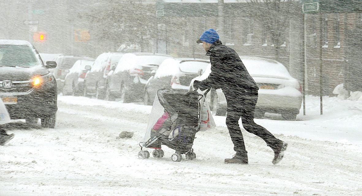 ANM / Vortexul polar peste România întârzie. Decembrie vine cu vreme de primăvară