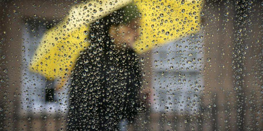 ANM: COD PORTOCALIU de ploi torențiale și descărcări electrice în județul Constanța