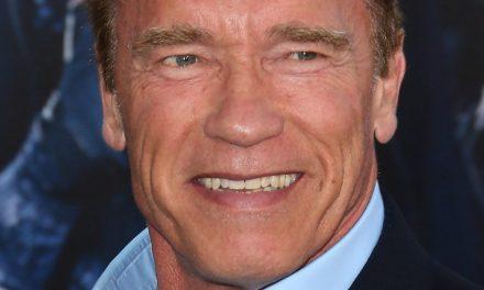"""""""Terminatorul"""" Schwarzenegger a pus ținta pe companiile petroliere. Le dă în judecată, acuzându-le că omoară oamenii"""