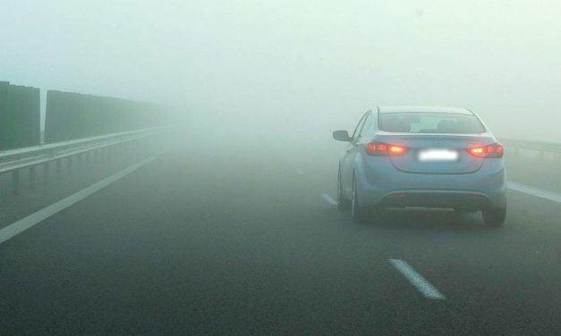 Cod Galben de ceaţă la Constanţa. Vizibilitate redusă pe mai multe drumuri