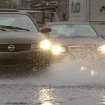 ANM anunță precipitații sub formă de ploi, lapoviță și ninsoare în toată țara. Ce recomandă polițiștii șoferilor
