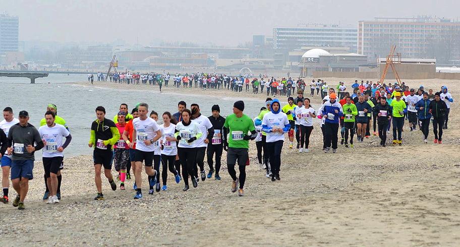 Imagini pentru maratonul nisipului 2020