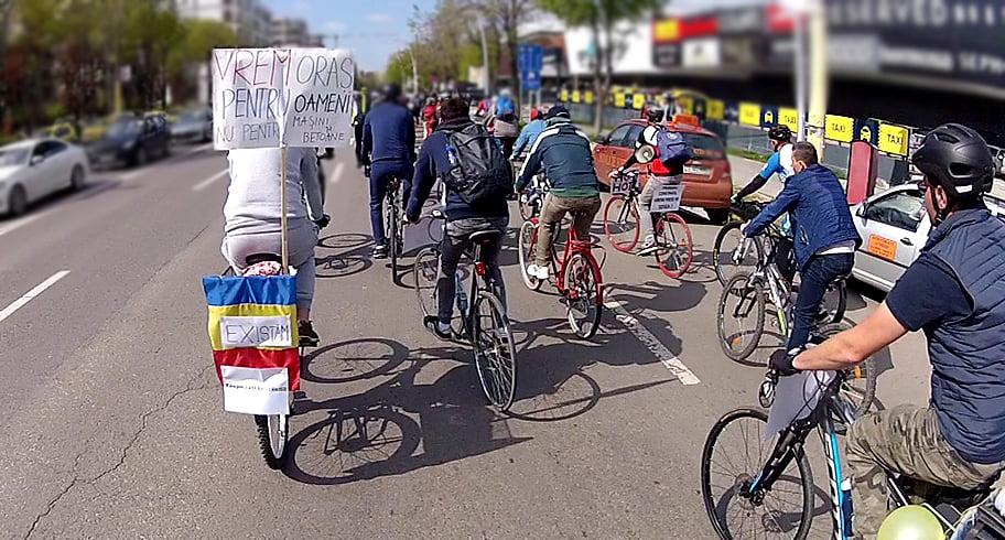 Bicicliștii din Constanța vor pedala într-un marș de protest pe străzile orașului