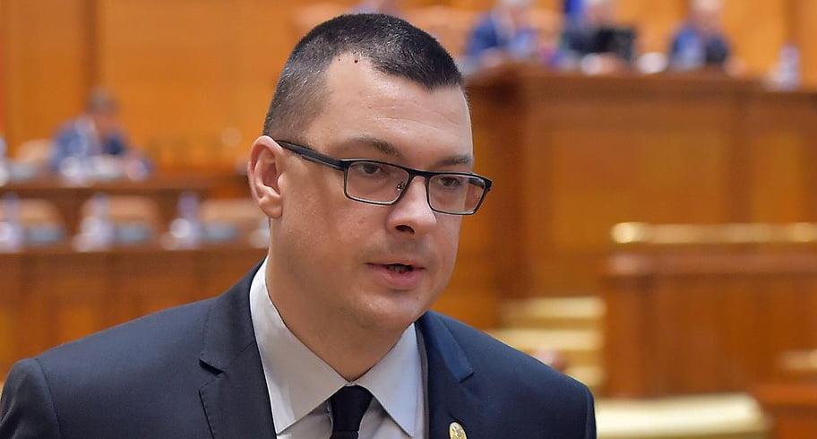Carmen Dan, avertizată să-şi ceară scuze public față de bărbatul surdo-mut, amendat de jandarmi