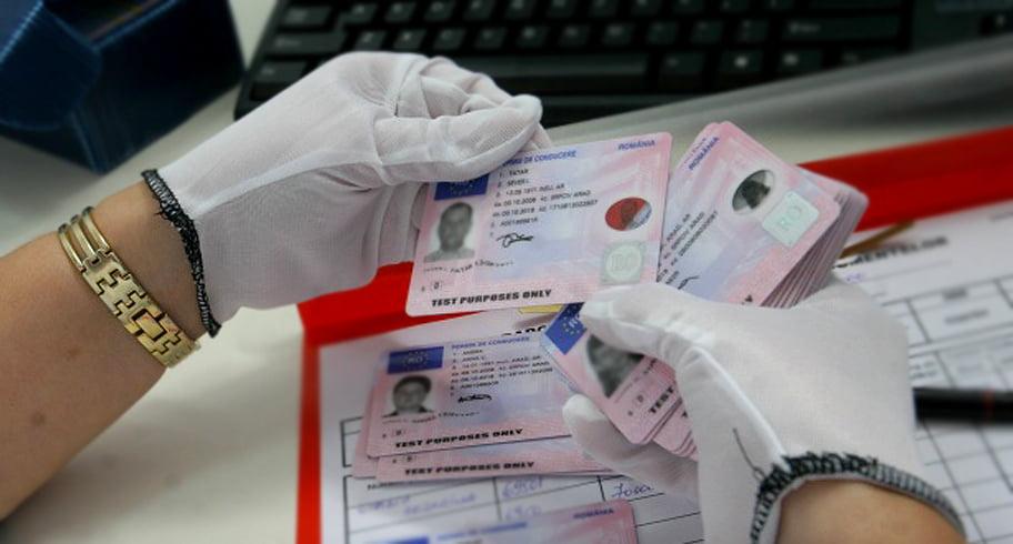 3.000 de euro pentru un permis de conducere fals. Percheziții DIICOT la Constanța și alte 7 județe plus București