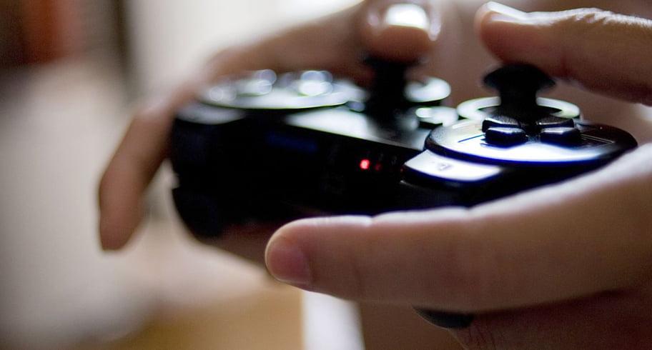 Un băiat și-a împușcat mortal sora, după ce s-au certat pe un joystick