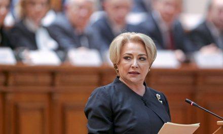 """Dăncilă, ploaie de gafe în Parlament: """"Niciun român i-ar fi ruşine să vă răspundă!"""""""