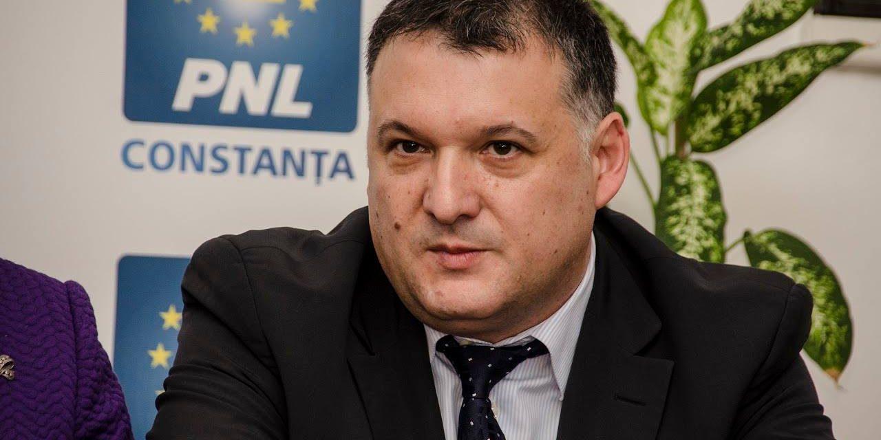 """Deputatul Bogdan Huțucă: """"Tudorel Toader, Victor Ciorbea și alții ca ei reprezintă o rușine pentru poporul român"""""""