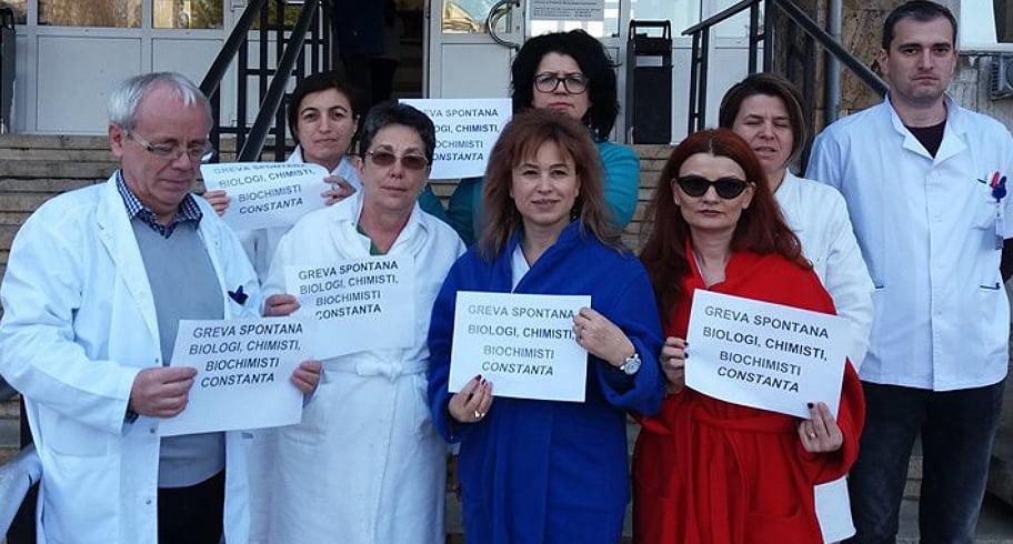 Protest spontan împotriva Legii salarizării, la Spitalul Județean de Urgență Constanța