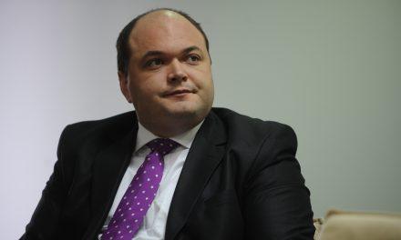"""Economistul-şef al Raiffeisen Bank: """"Revoluția fiscală din România nu a înțeles-o nimeni nici până astăzi. A generat inflație și creșterea ROBOR"""""""
