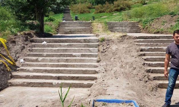Când va reabilita Primăria căile de acces către plaja Modern? Așteptăm să vină iar vara…