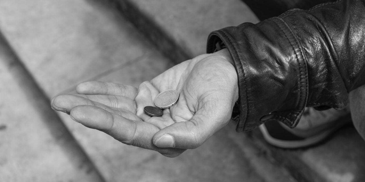 Români de origine romă la cerșit în Canada