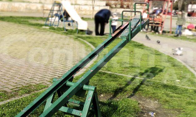 GALERIE FOTO. Locuri de joacă din Constanța, dezolante și periculoase