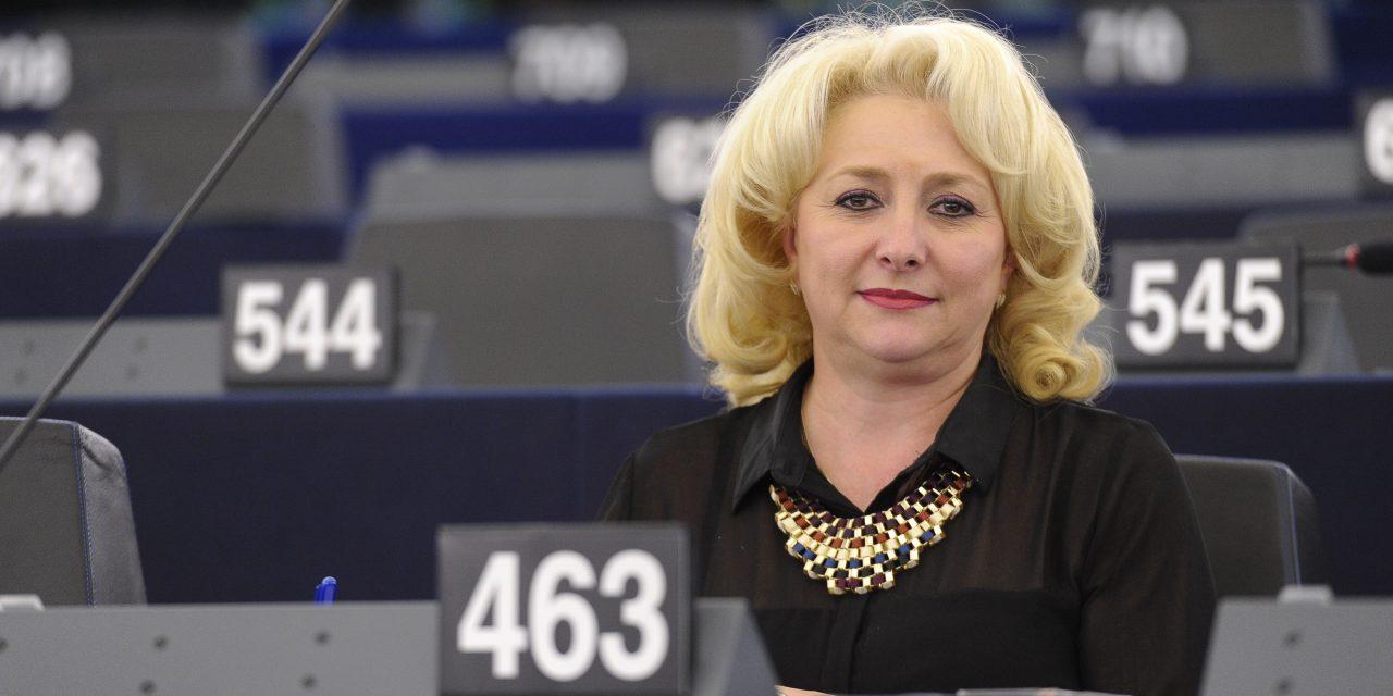 """Dăncilă și 2020. Scuza premierului pentru că nu știe limba română: """"Am fost 9 ani la Bruxelles. Când 9 ani ai vorbit așa…"""""""