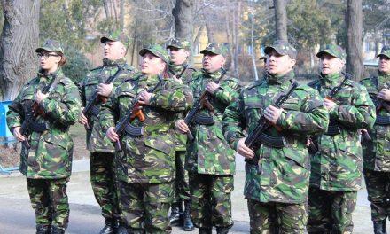 Ce va aduce 2019 pentru soldații și gradații profesioniști. Contracte pe perioadă nedeterminată, accederea în corpul subofițerilor