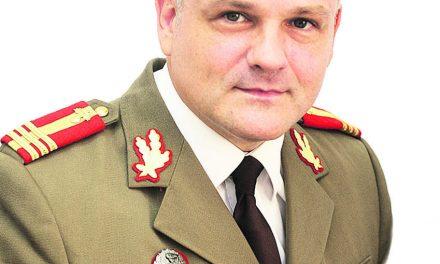 Colonelul Șperlea trage din nou…