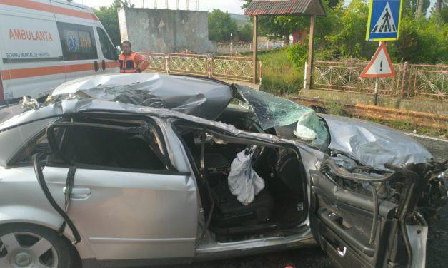 IMAGINI ȘOCANTE LA CONSTANȚA / De ce trebuie interzise mașinile cu volan de dreapta. Tânăr de 24 de ani, decedat pe loc