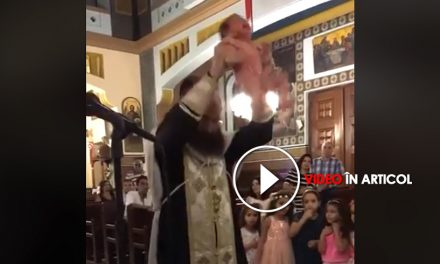 Botez șocant. Bebeluș aproape trântit de preot în cristelnița cu apă!