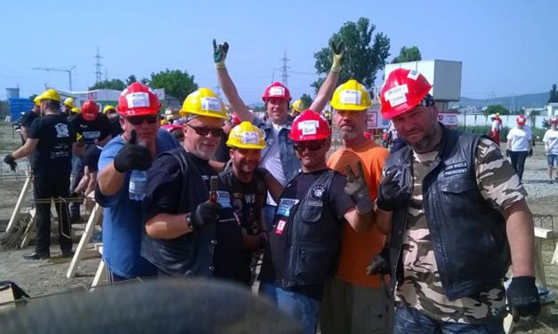 Peste 300 de motocicliști și voluntari din țară vor renova mai multe case din Chirnogeni