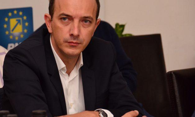 """Deputatul PNL, Robert Boroianu: """"Înființarea abatoarelor mobile este un proiect strict cu conotație socială"""