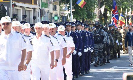 Ceremonii și paradă militară. Restricții de circulație în Constanța de Ziua Independenței României și Ziua Europei
