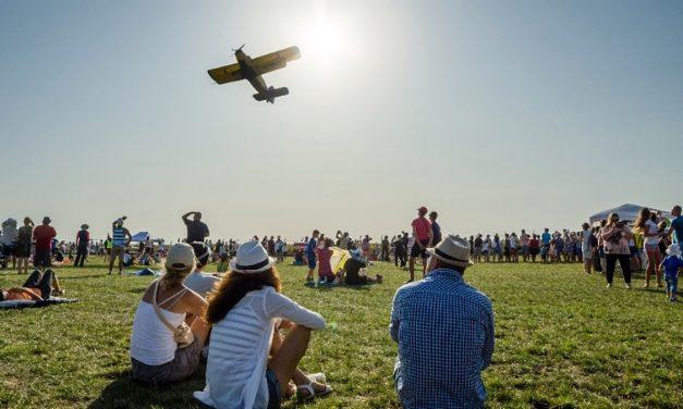 Trei zile de distracțe, muzică și spectacol aerian la Aeromania 2018
