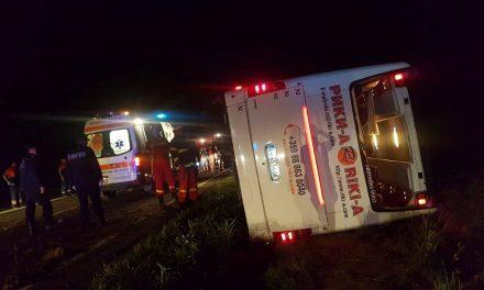 Plan Roșu de Intervenție la Constanța. Un autocar cu 60 de oameni s-a răsturnat
