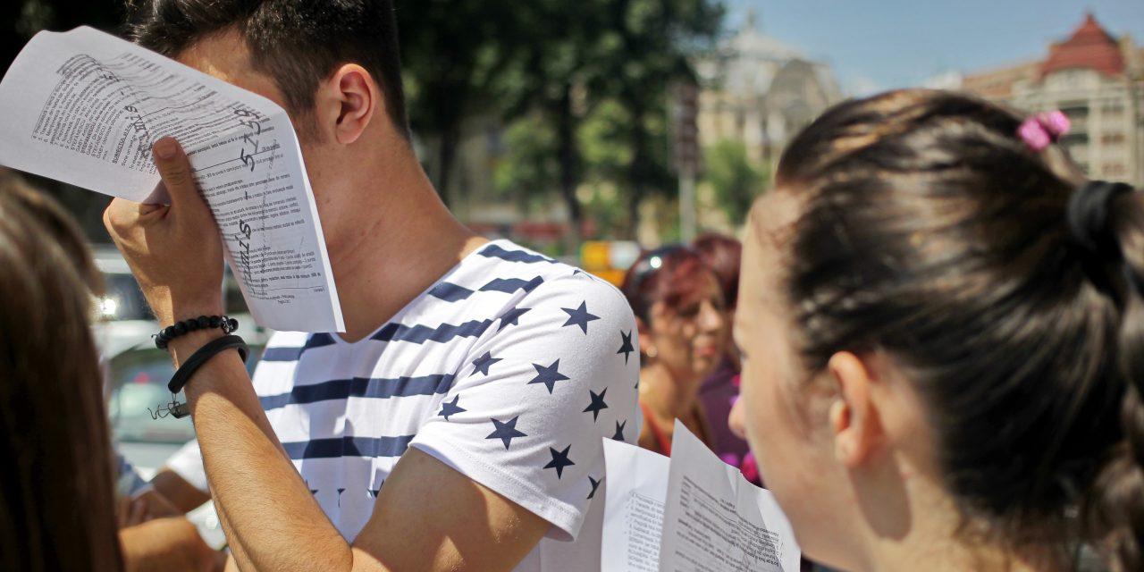 Elevii care nu au promovat Bacalaureatul pot susține din nou examenul în toamnă. Când se fac înscrierile