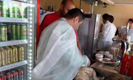 Inspectorii sanitari, razie de controale în restaurantele de pe litoral. S-au dat amenzi de 196.000 de lei