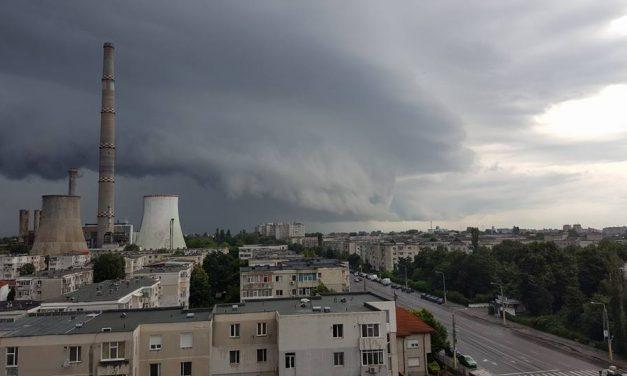 Meteorologii au emis o nouă avertizare COD GALBEN  de ploi pentru Constanța valabilă până la ora 21