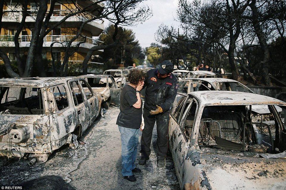 Imaginile tragediei din Grecia. 74 de morți, peste 100 de dispăruți. GALERIE FOTO