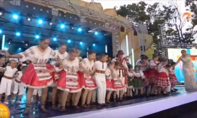 Festivalul Mamaia Copiilor, la un pas de tragedie. Scena a cedat sub greutatea zecilor de copii