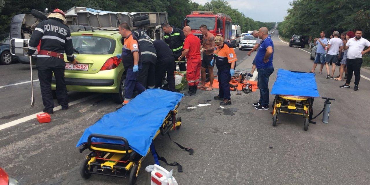 GALERIE FOTO/ Accident grav la Costinești. Un tânăr de 17 ani se află în comă la spital