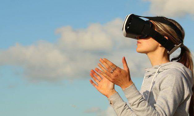 Cinci cadouri inteligente pentru pasionații de tehnologie