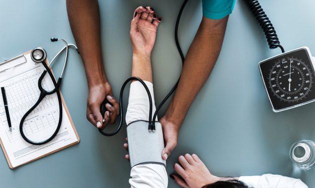 Amenzi dublate pentru medicii și spitalele care lasă pacienții să aștepte prea mult la Urgențe