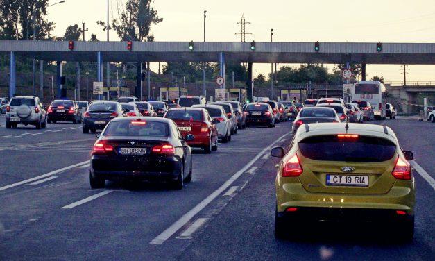"""Taxa de pod de la Fetești și Giurgeni ar putea fi desființată. Deputații Huțucă și Boroianu au depus proiect de lege: """"Este o taxă discriminatorie"""""""