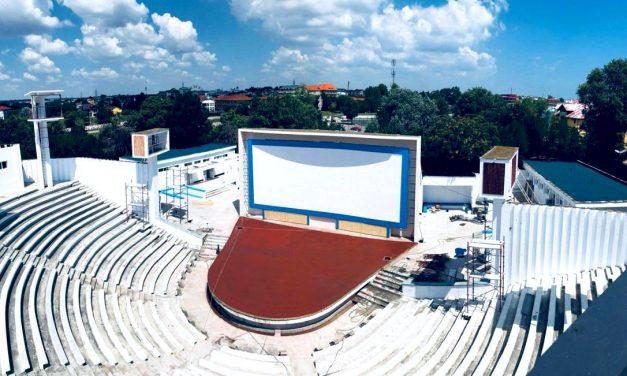 Se redechide Teatrul de vară din Costinești. Primul spectacol va fi susținut de Ruby și Mad Monkeys