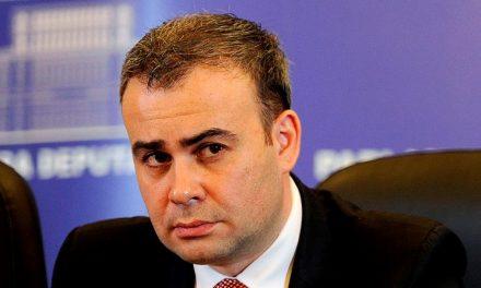 Consilierul lui Dăncilă, Darius Vâlcov a demisionat din Guvern